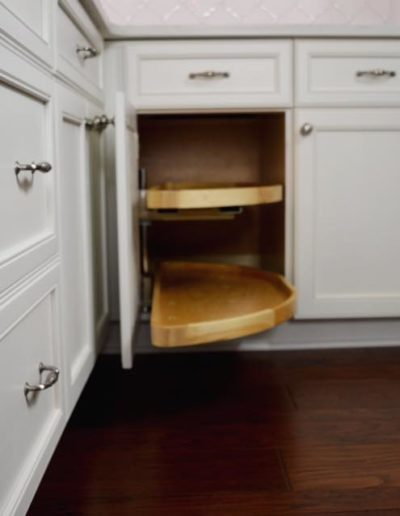 blind-corner-pull-out-rev-a-shelf_orig